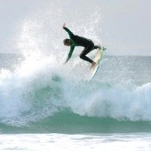beachbeat surfboards team rider shaun skippy skilton surfing the disco shortboard